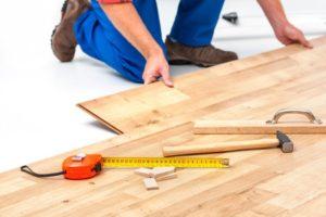 Die Innenausbau Kosten pro qm variieren stark, je nachdem, was gemacht werden muss.