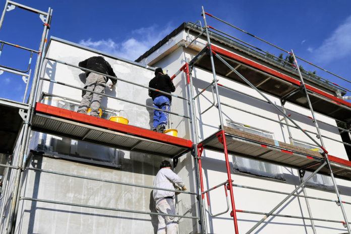 Fassade streichen Kosten im Überblick 2019 | handwerkerkosten.net